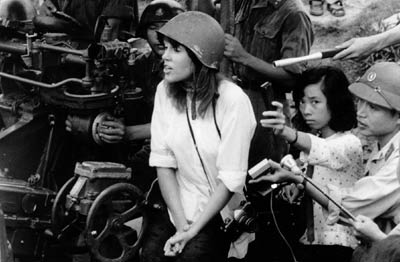Hanoi Jane Fonda on North Vietnamese gun in 1972