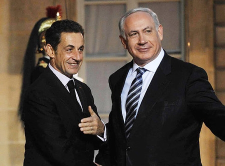 French President Nicolas Sarkozy with PM Netanyahu in Paris, 2009