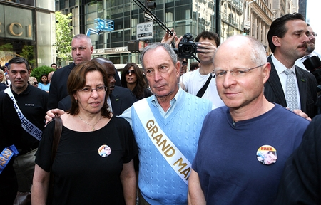 Aviva and Noam Shalit, Gilad's parents, with NY Mayor Michael Bloomberg (2009)