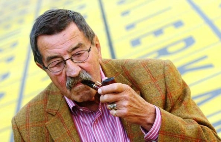 Gunter Grass. Senile dementia and 'celebrity disease'.