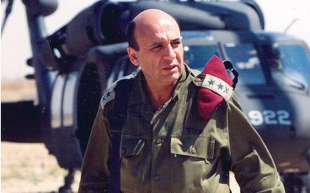 Shaul Mofaz, during his term as Chief of Staff (1998-2002)