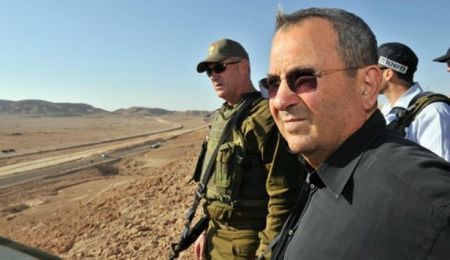 Ehud Barak, shown with Chief of Staff Benny Gantz, last year